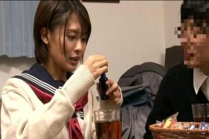 夏目優希ショートカットの美少女JKが媚薬でキメセク!痴女化して男子を襲っちゃう
