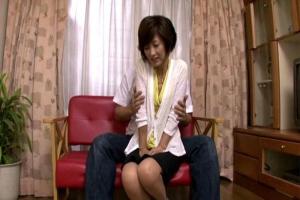 氷室京子 スレンダー熟女人妻が恥ずかしそうにAV初撮りデビュー