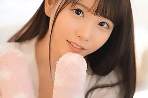 藤田こずえ 桁外れの極上ルックスを持つアイドルがAV出演!ちんぽ大好きなエロ女を手マン責め