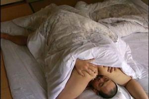【ヘンリー塚本】中森玲子刑務所帰りの爆乳お母さん!欲求不満まんこをデカマラ巨根で激ピス