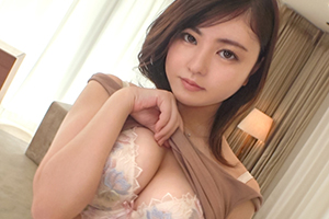 【シロウトTV】巨根ピストンの快楽に巨乳と美尻をビクつかせるお嬢様とハメ撮りSEX