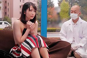 【マジックミラー号】清楚なセレブ人妻が性感乳首マッサージで発情クンニで我慢できずに他人棒挿入乳首イキ